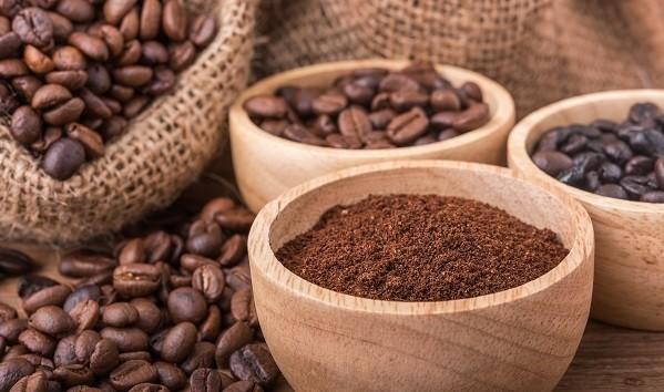 café en grains + café moulus